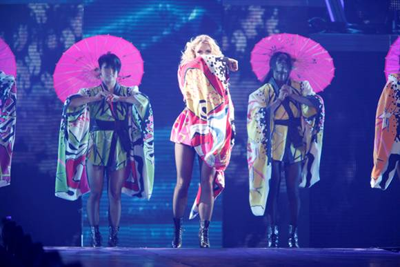 britney-spears-tour