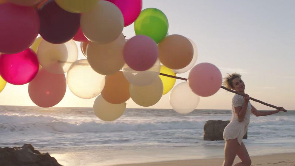 Hosszú idő után megérkezett Miley Cyrus új videóklipje. Imádni fogod!