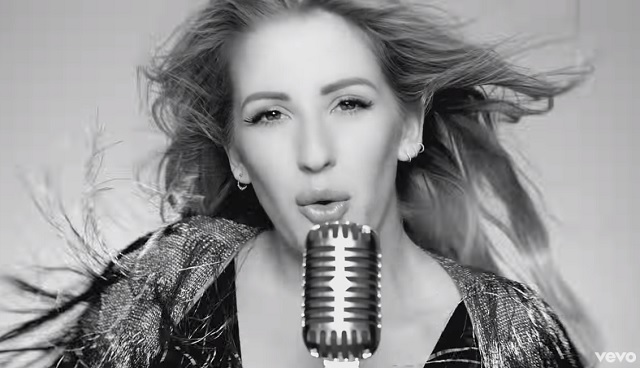 Videóklip: Ellie Goulding - Something In The Way You Move