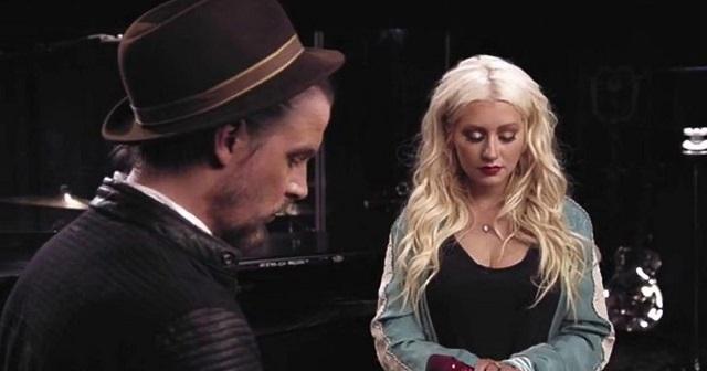 Úgy énekli Christina Aguilera ezt a dalt, ahogy eddig még sosem hallottad!