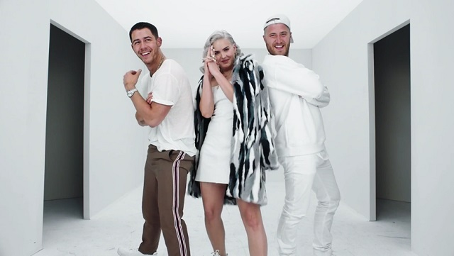 Videóklip: Nick Jonas feat. Anne Marie & Mike Posner - Remember I Told You