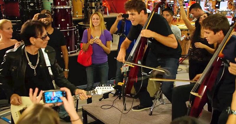 Ez a halhatatlan sláger ismerősen csendül fel a zenészek szakértő ujjai alatt! Micsoda előadás!
