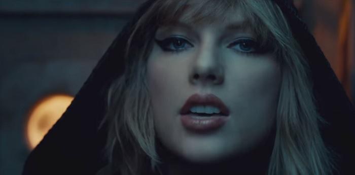Taylor Swift újra sokkol. Te láttad már a legújabb videóklipjét?