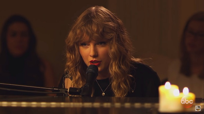 Taylor Swift meglepetés-produkciójától zokog most a net...