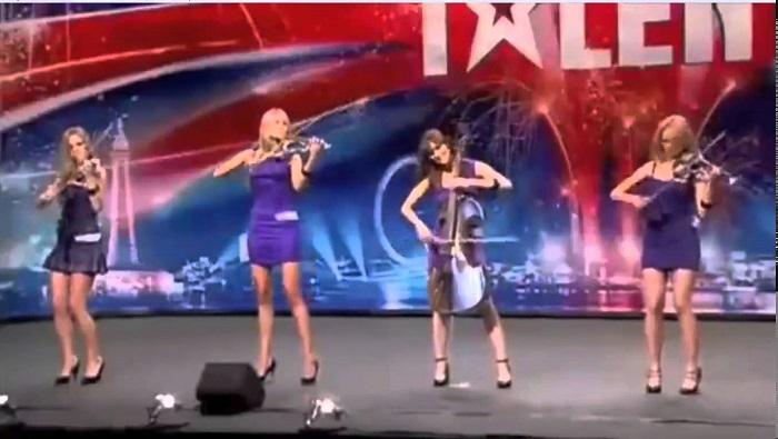 Olyan csinosak, hogy ki sem néznéd belőlük, hogy ilyen jól játszanak a hegedűn