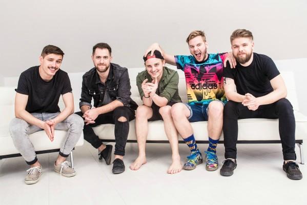 AWS az Eurovíziós dalfesztivál elődöntőjében ma este - mutatjuk hogyan támogatható a csapat döntőbe jutása