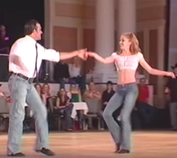 Olyan lenyűgözően járják a táncot, hogy bánni fogod, hogy csak 2 percig nézheted őket