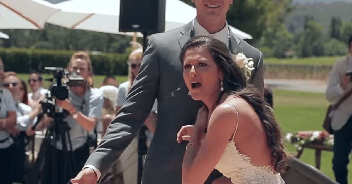 Szóhoz sem jutott a menyasszony, amikor meglátta ki volt az esküvői meglepetés