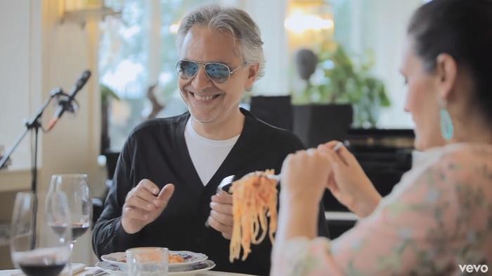 Gyönyörű balladával tér vissza Andrea Bocelli. Ettől neked is összeszorul a torkod!