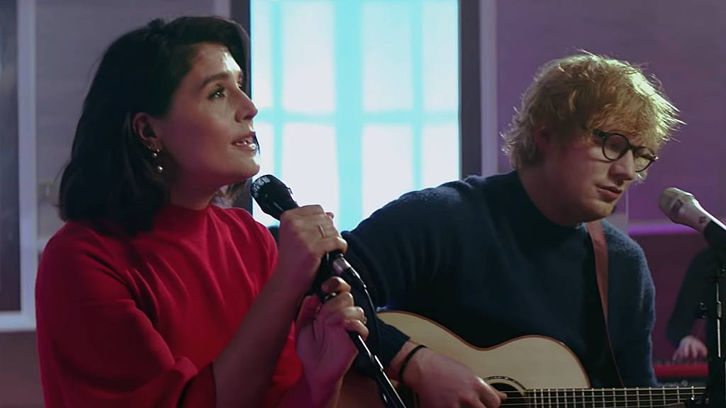 Megható akusztikus dalt adott ki Ed Sheeran és Jessie Ware. Hallgass bele a SAM-be!