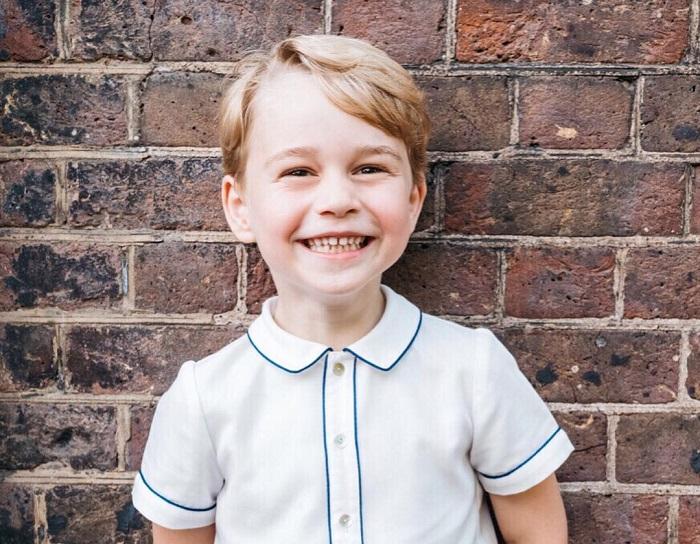 György herceg élete gyökeresen megváltozik, amikor betölti a 12. életévét. Ezeknek a szabályoknak kell majd eleget tennie