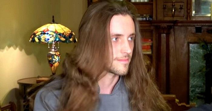 5 éve nem vágatta le a haját, szűksége volt egy nagy változásra. Barátai szó nélkül maradtak, amikor meglátták