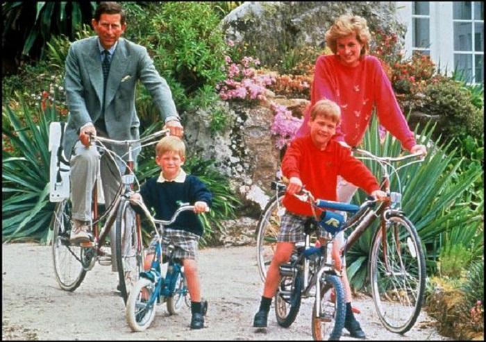 El sem hiszed, milyen arcpirító ajándékkal lepte meg Diana hercegnő a 13 éves Vilmost!