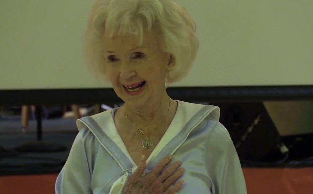 Ez a néni a bizonyíték arra, hogy 93 éves is lehet úgy táncolni, mint 20 évesen
