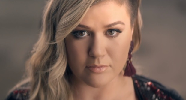 Kelly-Clarkson-Invincible-Video