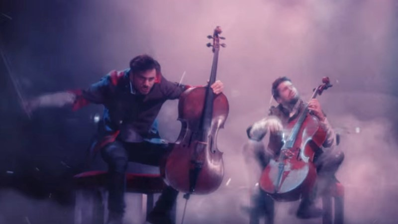 2cellos-the-show-must-go-on