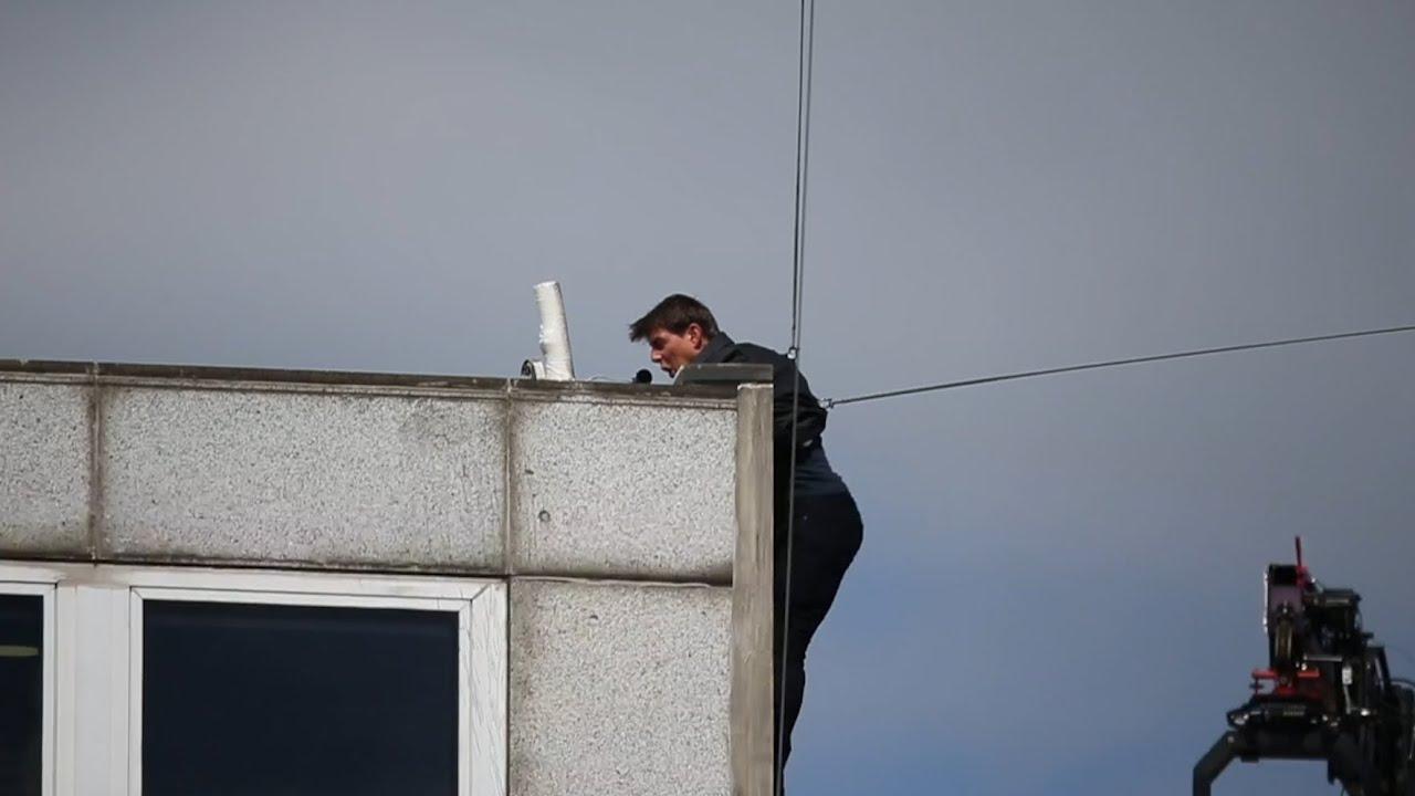 Tom Cruise megsebesült a Mission: Impossible 6 forgatásán. Ez a becsapódás biztosan pokolian fájhatott...