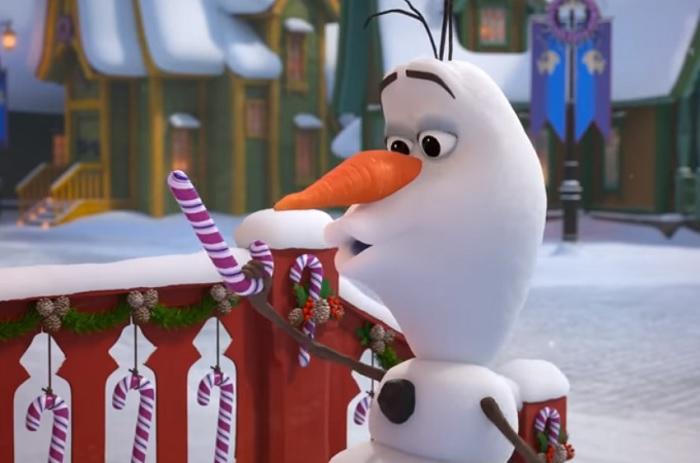 Jégvarázs-rajongók, figyelem! A mesevilág legcukibb hóembere tér vissza a képernyőkre idén karácsonykor!