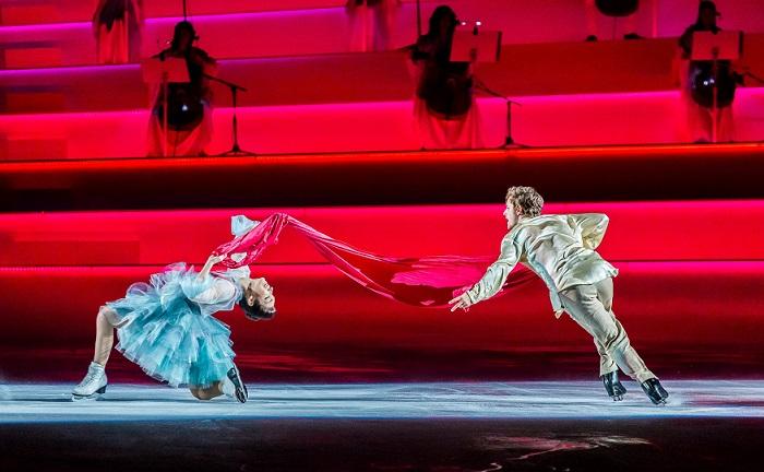 Műkorcsolya, tánc, színház és zene - különleges koncertfilm debütál ma a mozikban!