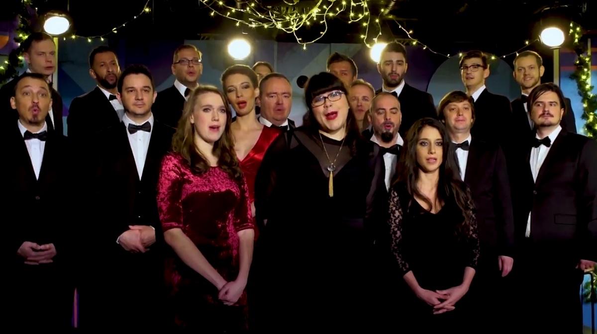 A Dumaszínház eszméletlen dallal rukkolt elő, ez lesz az idei karácsony slágere!