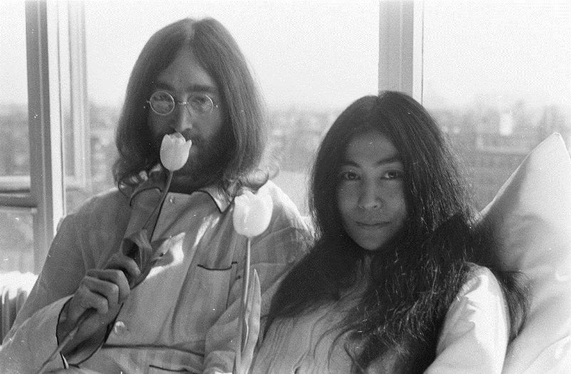Kedden töltötte volna a 78-at John Lennon. Ezzel az ajándékkal emlékezik rá özvegye, Yoko Ono